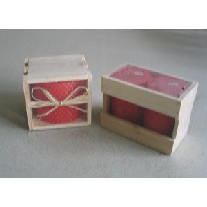 red beeswax candle